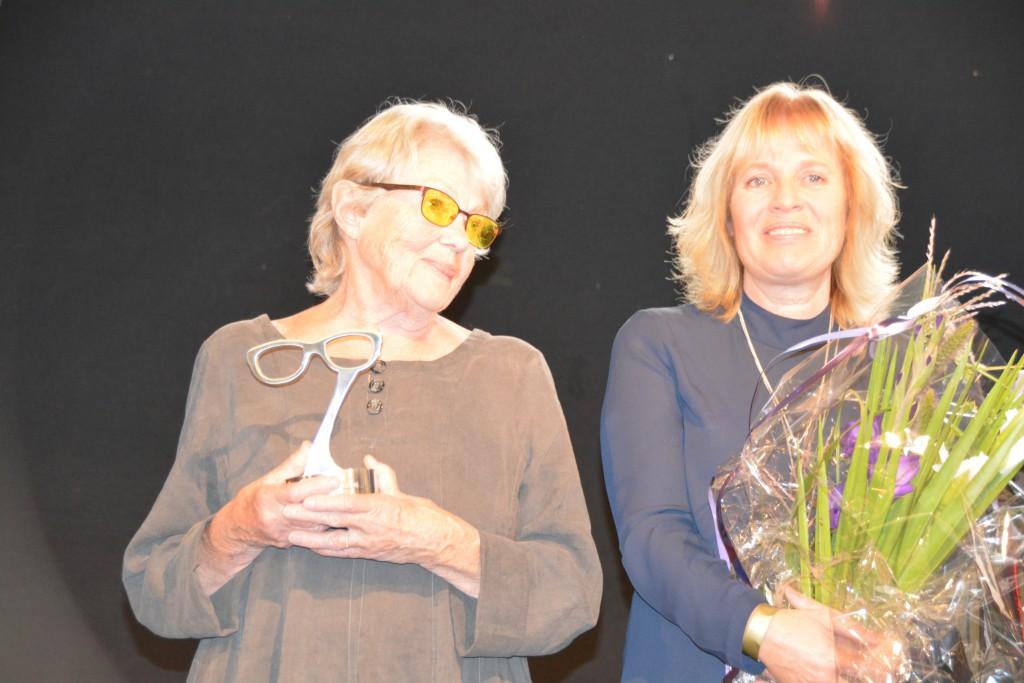 Hederspristagare Maj Sjöwall och Debutantpristagaren Mariette Lindstein